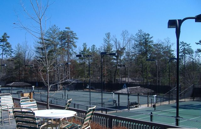 Tennis for Big canoe lodge